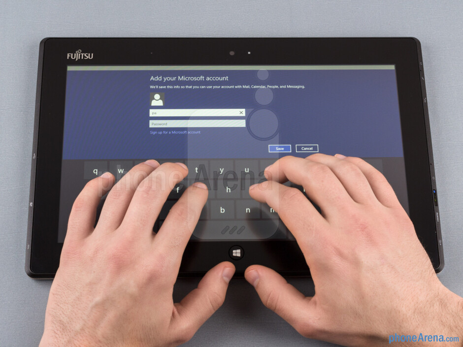 The 11.6-inch Fujitsu Stylistic is too big to hold in one hand - Fujitsu Stylistic Review