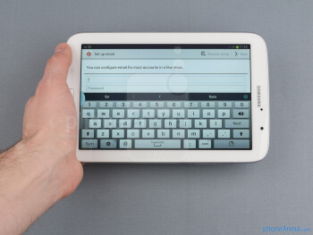 The on-screen QWERTY keyboard - Samsung Galaxy Note 8.0 Review