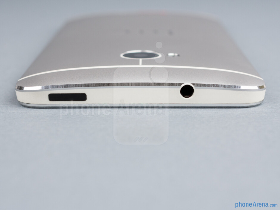 Top - HTC One Review
