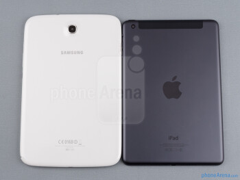 Backs - The sides of the Samsung Galaxy Note 8.0 (down, left) and the Apple iPad mini (top, right) - Samsung Galaxy Note 8.0 vs Apple iPad mini