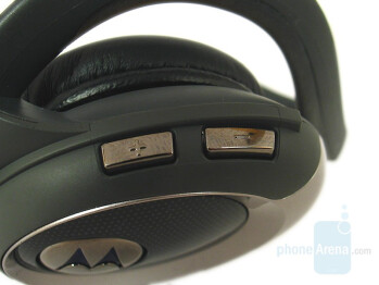 Left side - Motorola HT820 Stereo Bluetooth Headset Review