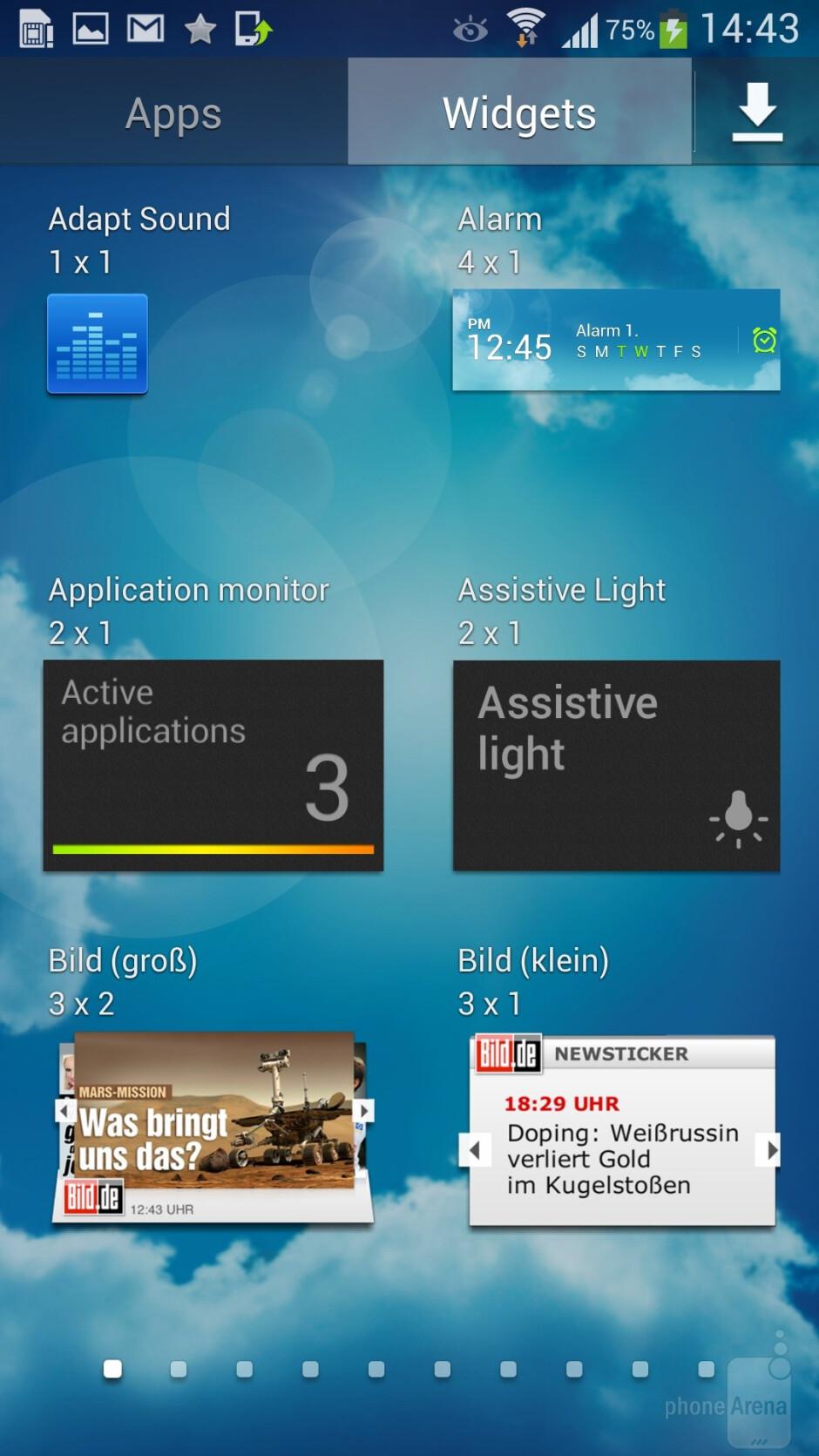 Samsung Galaxy S4 runs Android 4.2.2 - Samsung Galaxy S4 vs Sony Xperia Z