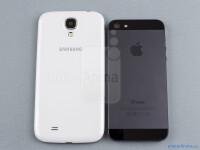 Samsung-Galaxy-S4-vs-Apple-iPhone-502