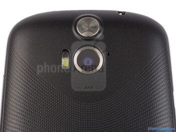 Rear camera - The sides of the Acer Liquid E1 - Acer Liquid E1 Review
