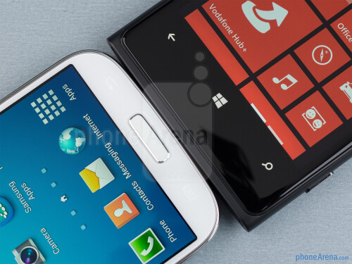 Samsung Galaxy S4 vs Nokia Lumia 920