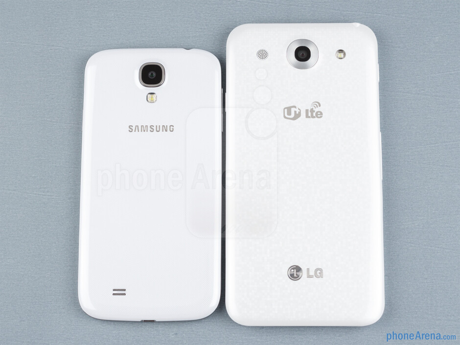 The sides of the Samsung Galaxy S4 (bottom, left) and the LG Optimus G Pro (top, right) - Samsung Galaxy S4 vs LG Optimus G Pro
