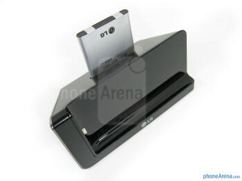 Desktop media charging dock - Vehicle mount - LG Lucid 2 Review
