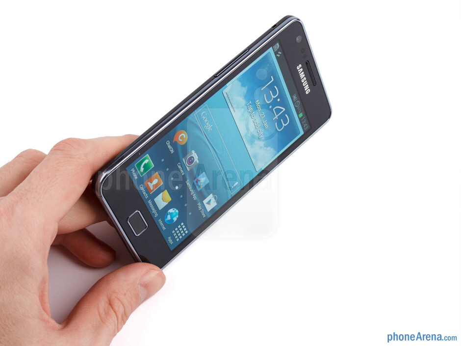 The Samsung Galaxy S II Plus is both slim and light - Samsung Galaxy S II Plus Review