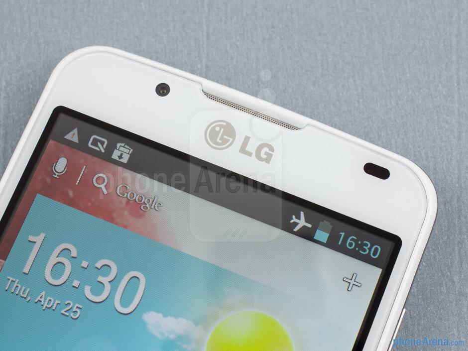 Front camera - LG Optimus L7 II Review
