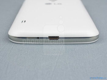 microUSB port (bottom) - The sides of the LG Optimus L7 II - Back - LG Optimus L7 II Review