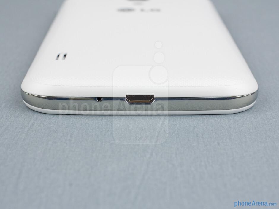 microUSB port (bottom) - The sides of the LG Optimus L7 II - Back - LG Optimus L7 II Review