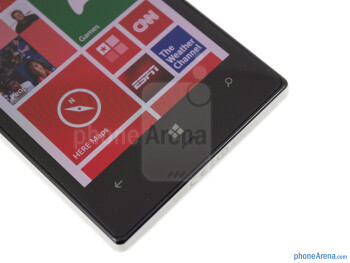 Capacitive Windows keys - The sides of the Nokia Lumia 928 - Nokia Lumia 928 Review