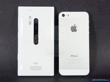 Backs - The sides of the Nokia Lumia 928 (bottom, left) and the Apple iPhone 5 (top, right) - Nokia Lumia 928 vs Apple iPhone 5