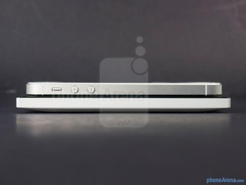 Nokia Lumia 928 vs Apple iPhone 5