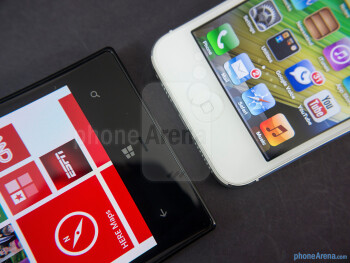Platform buttons - The Nokia Lumia 928 (left) and the Apple iPhone 5 (right) - Nokia Lumia 928 vs Apple iPhone 5