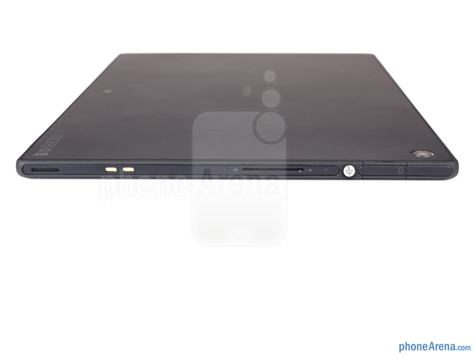 The sides of the Sony Xperia Tablet Z - Sony Xperia Tablet Z Review