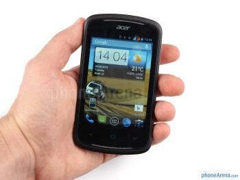 The Acer Liquid Z2 can be held and used very comfortably with a single hand - Acer Liquid Z2 Review