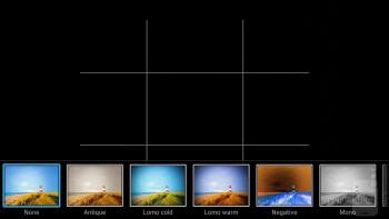 Camera interface of the Huawei Ascend Mate - Samsung Galaxy Mega 6.3 vs Huawei Ascend Mate