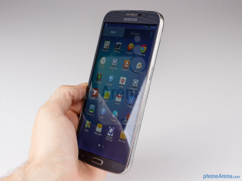 It is almost impossible to operate the Samsung Galaxy Mega 6.3 with one hand - Samsung Galaxy Mega 6.3 Review