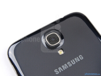 Rear camera - Samsung Galaxy Mega 6.3 Review