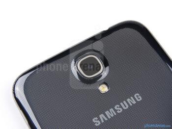Rear camera - Samsung Galaxy Mega 6.3 Review