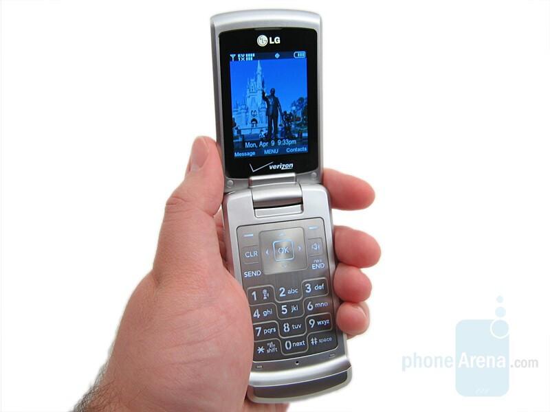 LG VX8700 Preview
