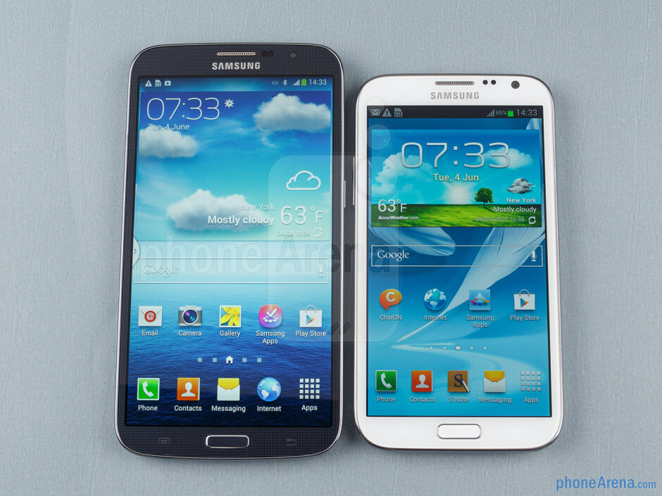 The Samsung Galaxy Mega 6.3 (left) and the Galaxy Note II (right) - Samsung Galaxy Mega 6.3 vs Galaxy Note II