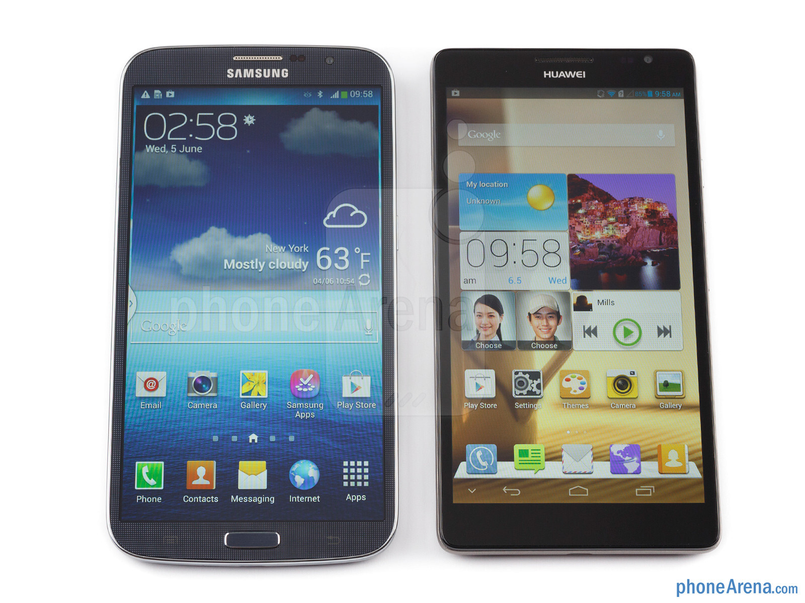 ... Ascend Mate (right) - Samsung Galaxy Mega 6.3 vs Huawei Ascend Mate