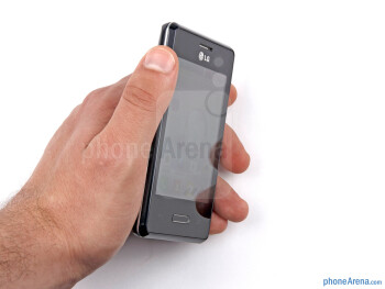 LG Optimus L3 II fits nicely in the hand and no effort is required in operating it single handedly - LG Optimus L3 II Review