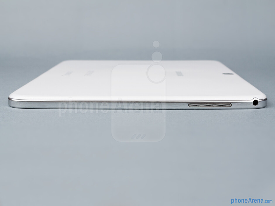 Left - The sides of the Samsung Galaxy Tab 3 10.1 - Samsung Galaxy Tab 3 10.1-inch Preview