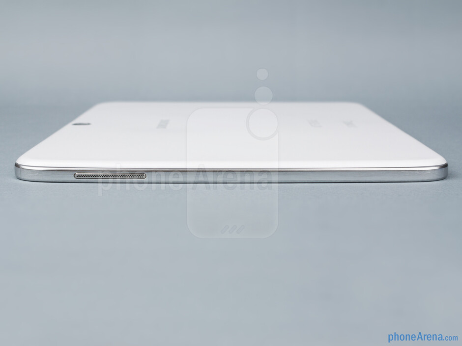 Right - The sides of the Samsung Galaxy Tab 3 10.1 - Samsung Galaxy Tab 3 10.1-inch Preview