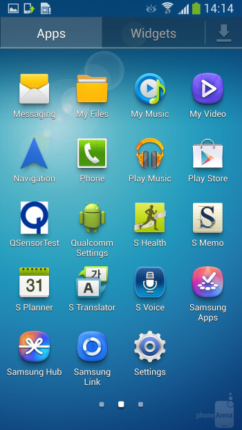 Notification bar toggle buttons, lock screen shortcuts and widgets are all present - Samsung Galaxy S4 Active Preview