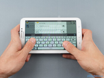 """For its design, the Samsung Galaxy Tab 3 7-inch has adopted the new """"Samsung look"""" - Samsung Galaxy Tab 3 7-inch Preview"""