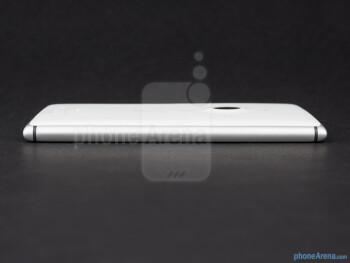Left - The sides of the Nokia Lumia 925 - Nokia Lumia 925 Review