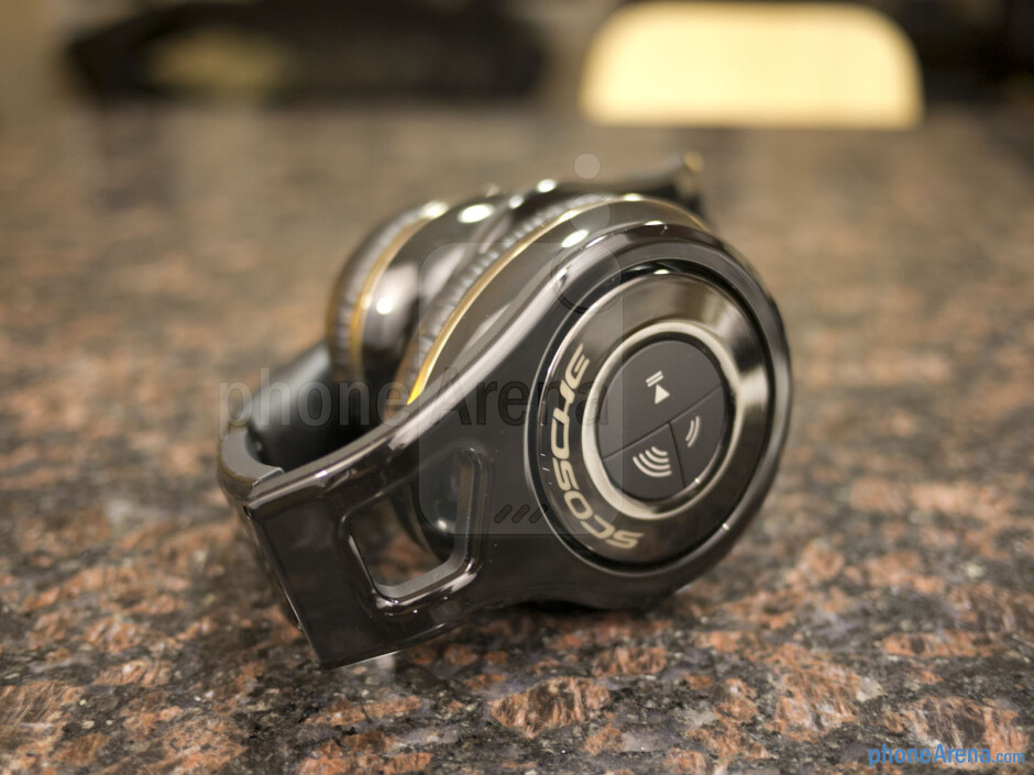 Scosche RS1060 Bluetooth Stereo Headphones Review
