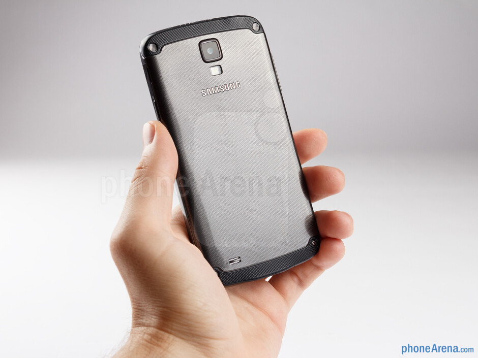 The Samsung Galaxy S4 Active doesn't slip easily out of the user's hand - Samsung Galaxy S4 Active Review