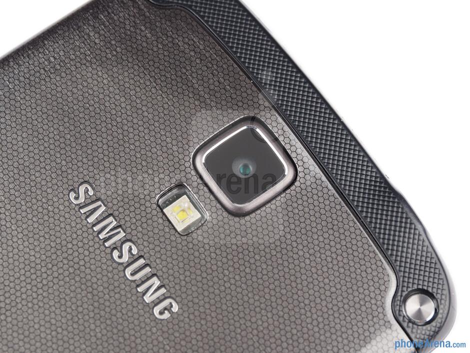 Rear camera - Samsung Galaxy S4 Active Review