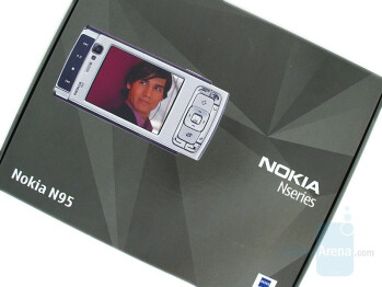 Nokia N95 Box Content - Nokia N95 Review