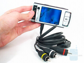 Nokia N95 connected to the TV-cable - Nokia N95 Review