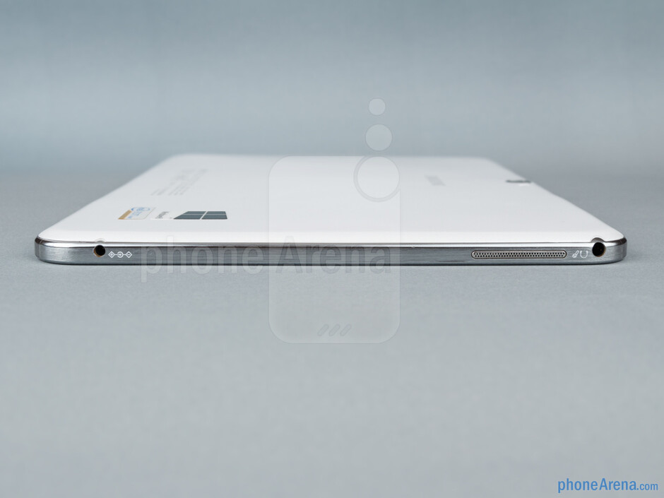 Left - The sides of the Samsung Ativ Tab 3 - Samsung ATIV Tab 3 Preview