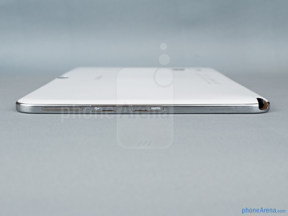 Right - The sides of the Samsung Ativ Tab 3 - Samsung ATIV Tab 3 Preview
