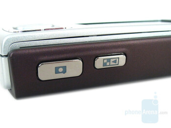 Camera and gallery shortcut buttons - Nokia N95 Review