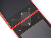 Nokia-Lumia-520-vs-Nokia-Lumia-72007.jpg