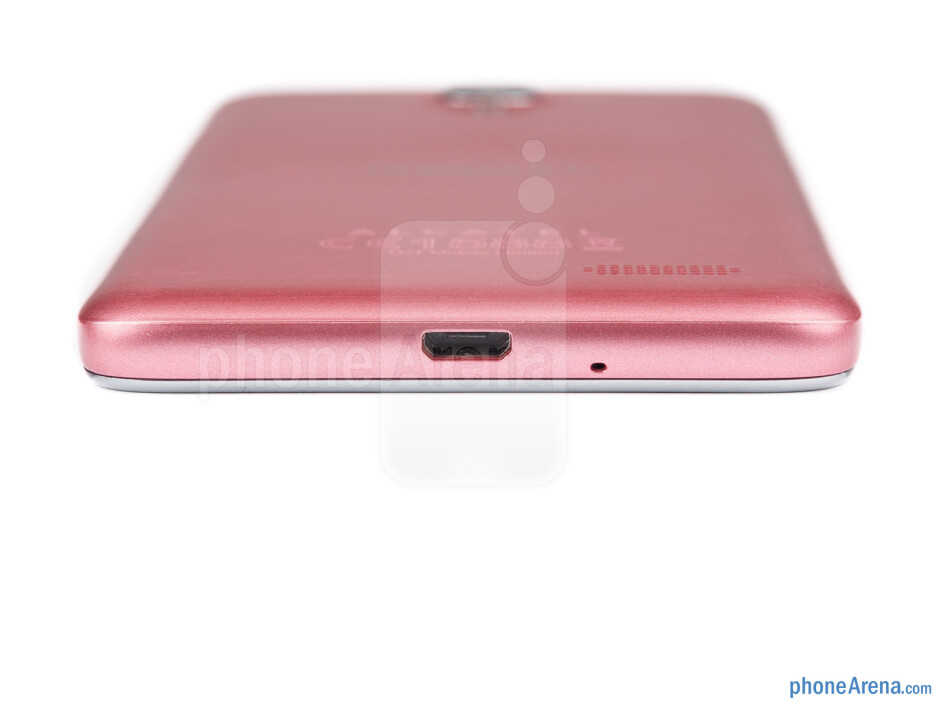 Bottom - The sides of the Alcatel One Touch Idol - Alcatel One Touch Idol Review