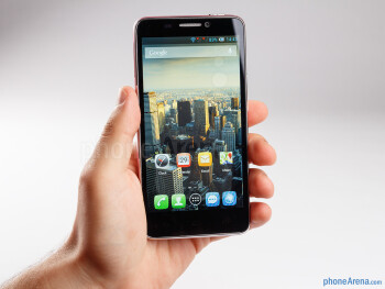 The Alcatel One Touch Idol is not only super light, but it is also very thin - Alcatel One Touch Idol Review