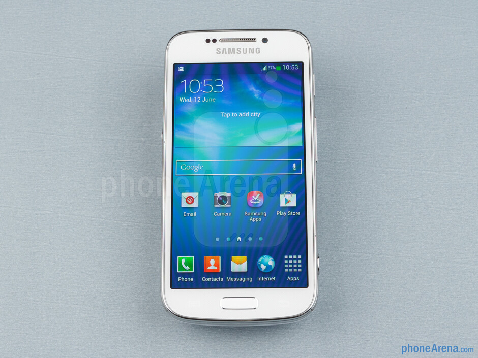 Front - Samsung Galaxy S4 Zoom Review