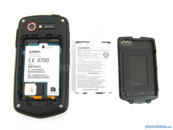 Battery compartment - The sides of the Casio G'zOne Commando 4G LTE - Casio G'zOne Commando 4G LTE Review