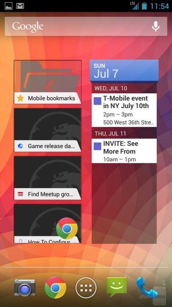The HTC One Google Play Edition presents us with a vanilla Android 4.2.2 Jelly Bean experience - HTC One Google Play Edition vs HTC One