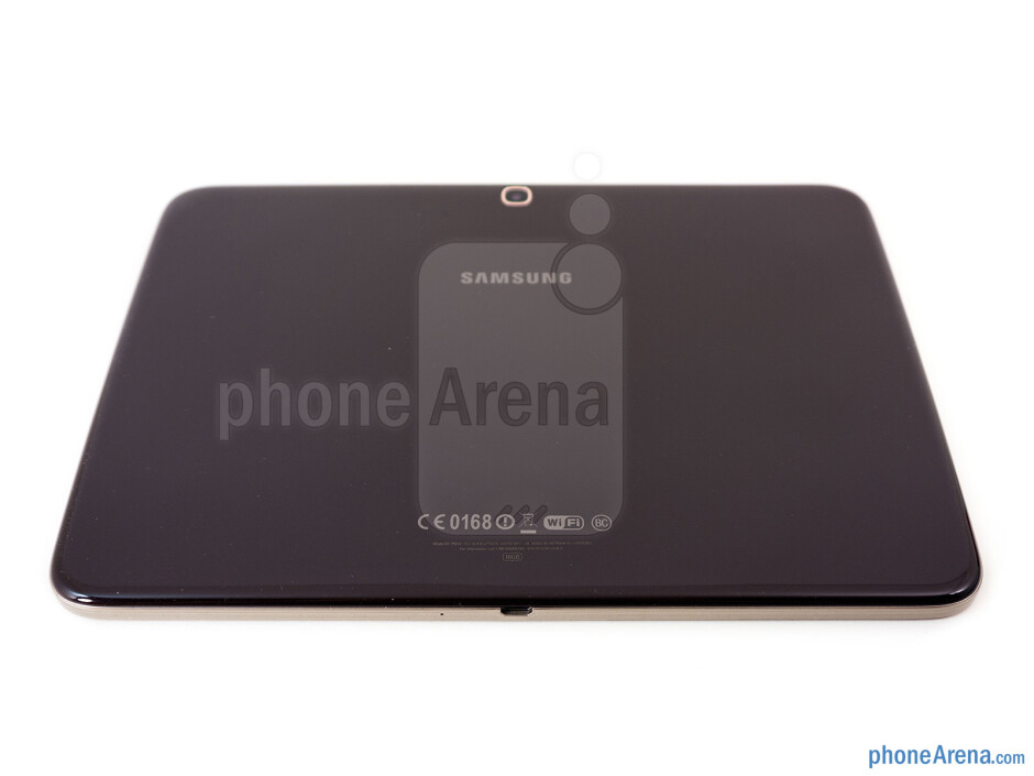 Back - The sides of the the Samsung Galaxy Tab 3 10.1 - Samsung Galaxy Tab 3 10.1 Review