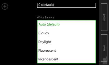 Camera interface of the Nokia Lumia 1020 - Nokia Lumia 1020 vs HTC One